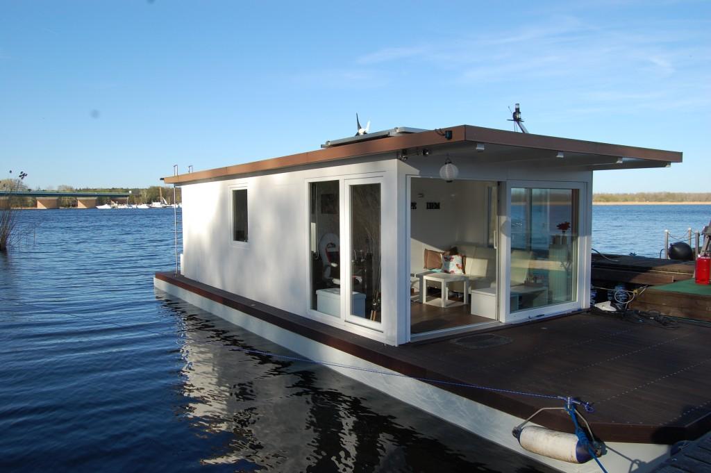 hausbootvermietung ihr hausboot bootsurlaub. Black Bedroom Furniture Sets. Home Design Ideas
